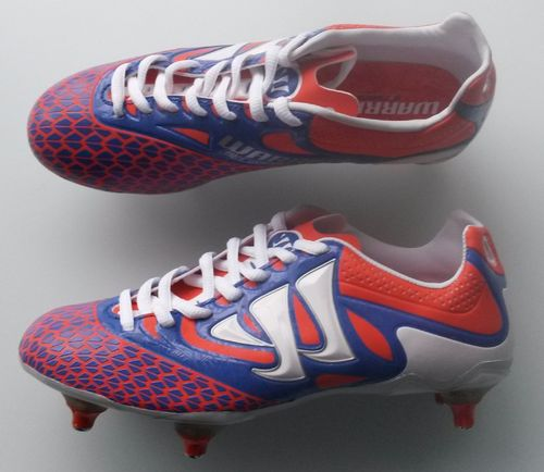 (428) Warrior Skreamer football boots size 4 BNIB