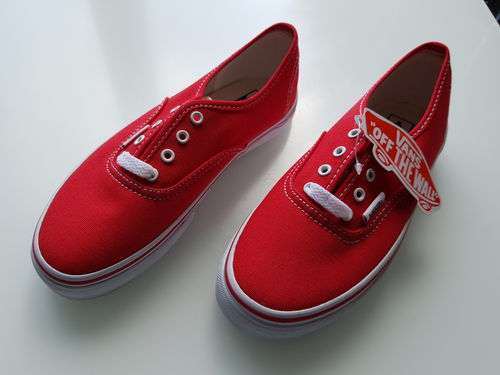vans red canvas unisex skate  trainers size 1