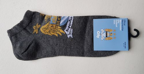 Official Manchester City trainer socks adult size 6-11
